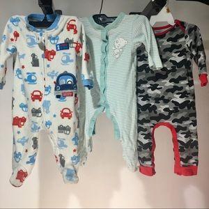 Lot of 3 bodysuits 6-9 month boy